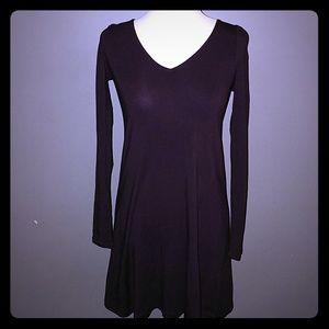 Express Long Sleeved V-Neck Dress